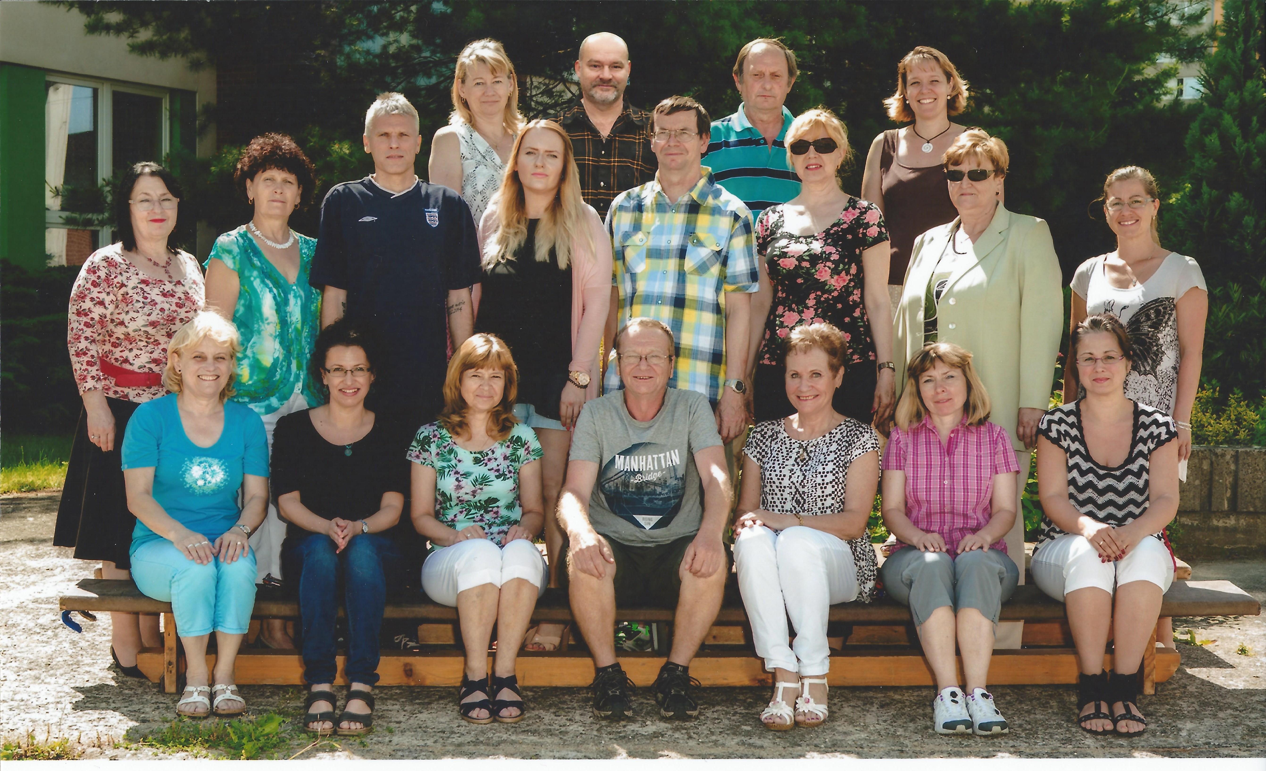 15-16 učitelský sbor
